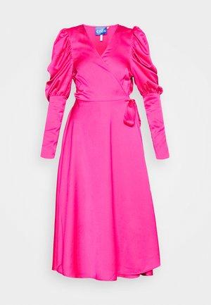 ALMACRAS WRAP DRESS - Day dress - shocking pink