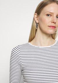 Marks & Spencer London - Camiseta de manga larga - white - 3