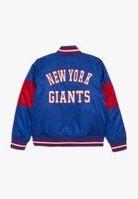 Outerstuff - NFL NEW YORK GIANTS VARSITY JACKET - Pelipaita - rush blue/gym red - 1