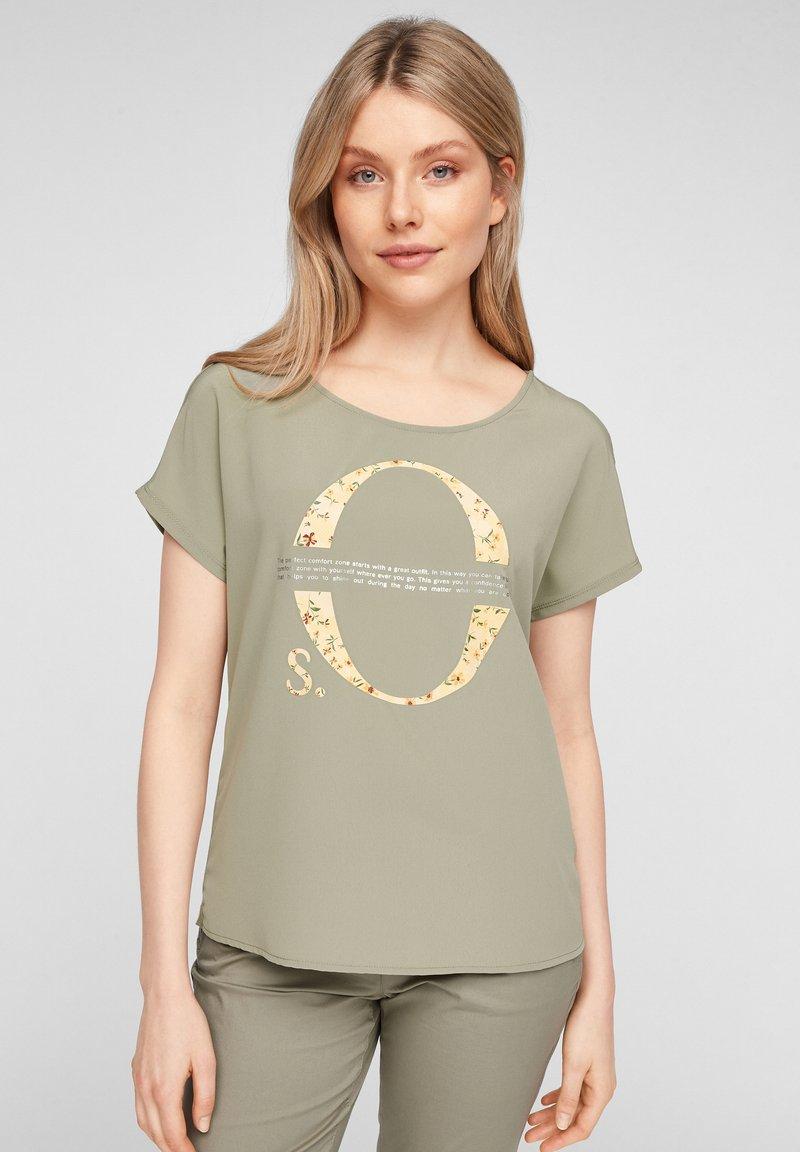 s.Oliver - Print T-shirt - khaki placed print