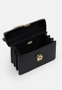 AIGNER - Handbag - schwarz - 2