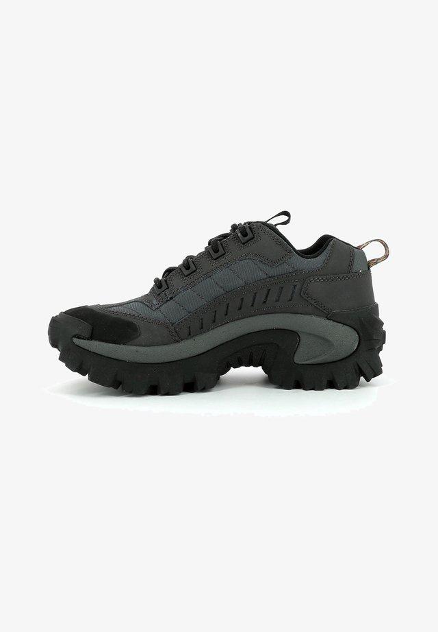 BASSES  INTRUDER - Sneakersy niskie - noir