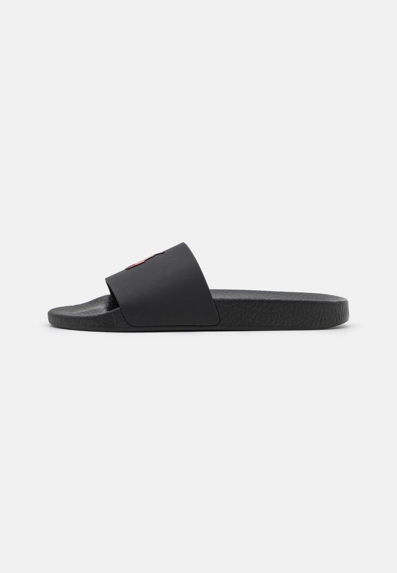 Polo Ralph Lauren - SLIDE UNISEX - Matalakantaiset pistokkaat - black/red