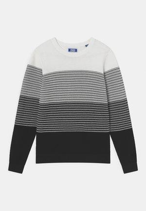 JJMASON CREW NECK JR - Pullover - white