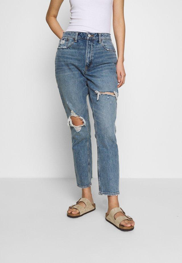 MED KNEE BLOWOUT CURVE - Slim fit jeans - med knee blowout