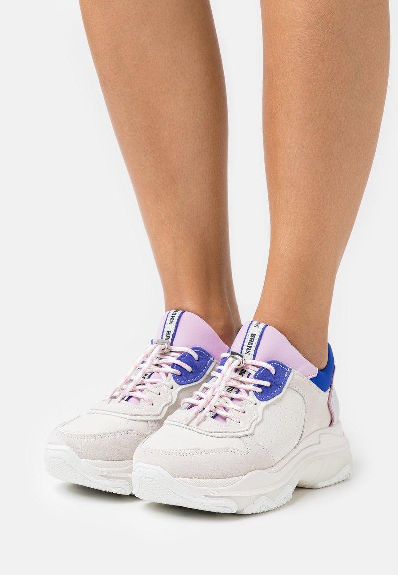 Bronx - BAISLEY - Trainers - offwhite/lilac/cobalt