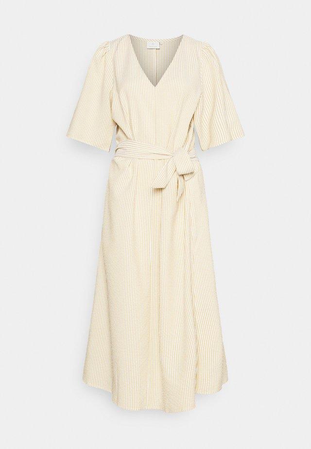 ELISIANA DRESS - Korte jurk - chalk/ classi sand