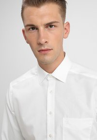 OLYMP - NEW KENT - Formal shirt - offwhite - 3