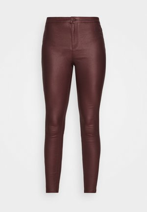VMJOY COATED PANTS MIX - Trousers - decadent chocolate