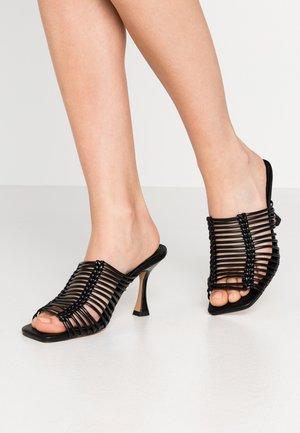 NOON MACRAME MULE - Pantofle na podpatku - black