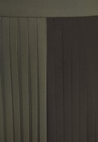 Bruuns Bazaar - ALA CARMA SKIRT - Maxi sukně - khaki - 2
