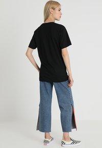 Merchcode - EGALITE TEE - Print T-shirt - black - 2