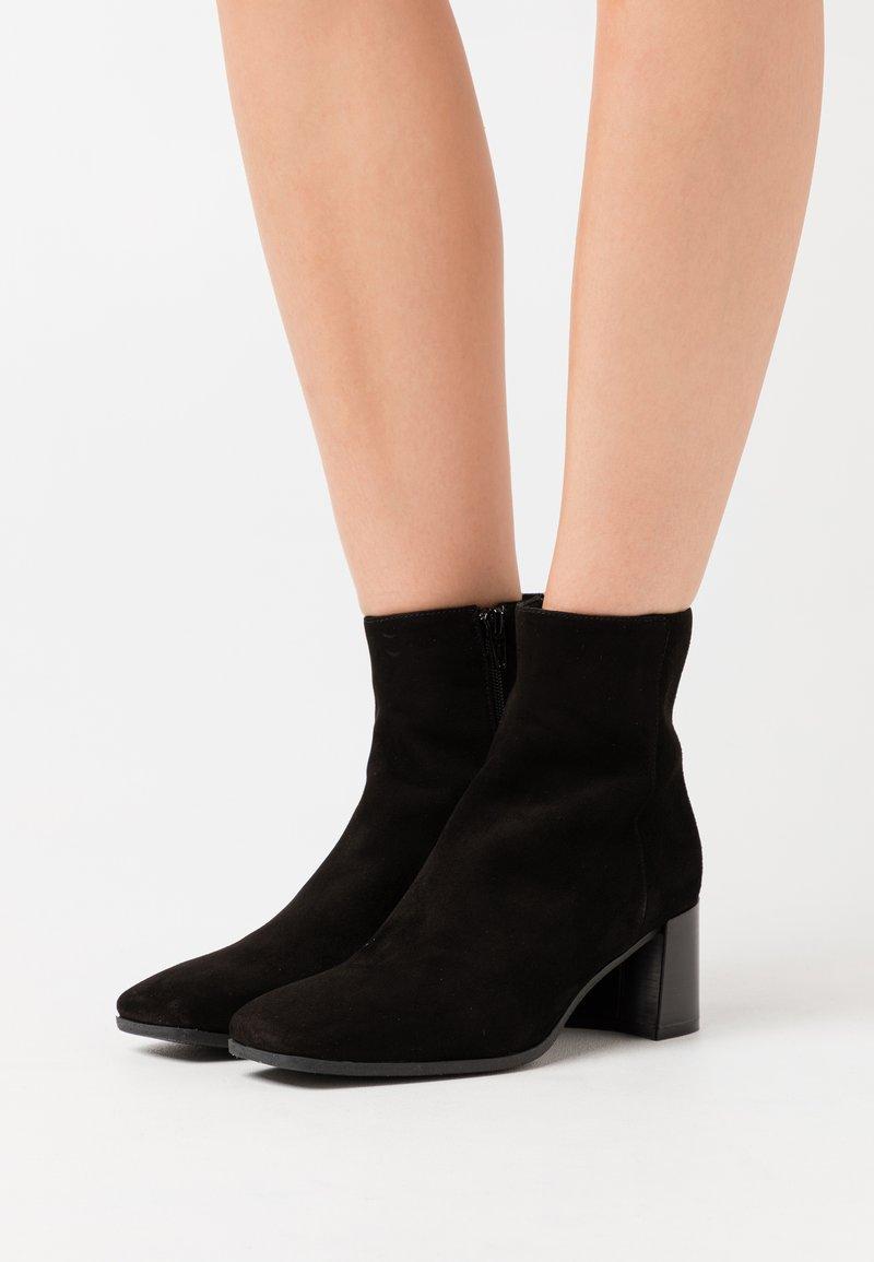 Maripé - Classic ankle boots - nero