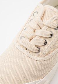 Good News - ACE - Baskets basses - oatmeal - 5