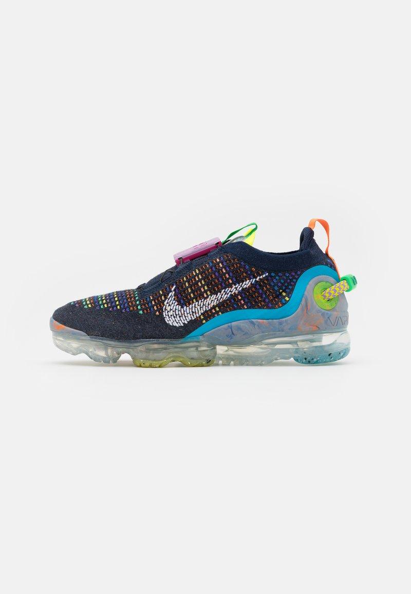 Nike Sportswear - AIR VAPORMAX 2020 FK UNISEX - Sneakers - deep royal blue/white/multicolor