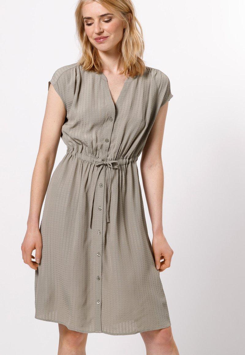 zero - Shirt dress - sage