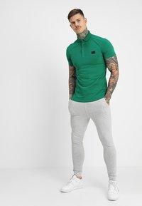 Antony Morato - SPORT PLAQUETTE - Polo shirt - verde - 1