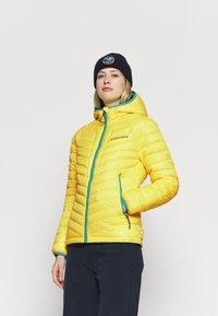 Superdry - ALPINE PADDED MID LAYER - Skijakker - blazing yellow - 0