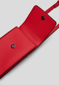 s.Oliver - Across body bag - red - 6