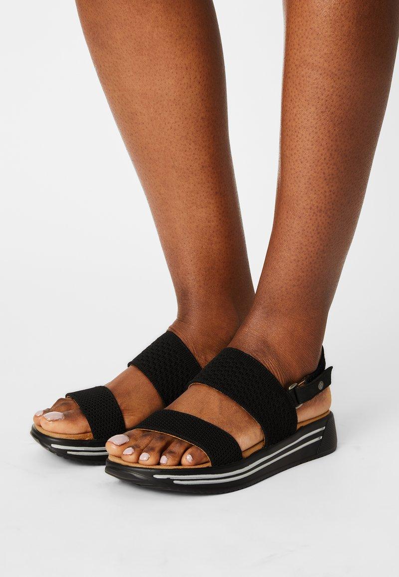 Mustang - Sandals - schwarz
