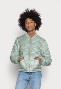 Another Influence - ONION QUILT JACKET - Blouson Bomber - mint - 0