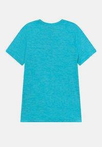 Nike Performance - PLUS - T-shirt print - chlorine blue/imperial blue - 1