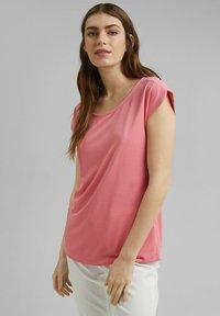 Esprit - FASHION - Basic T-shirt - coral - 3