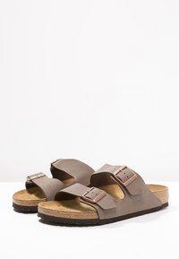 Birkenstock - ARIZONA - Pantofle - mocca - 2