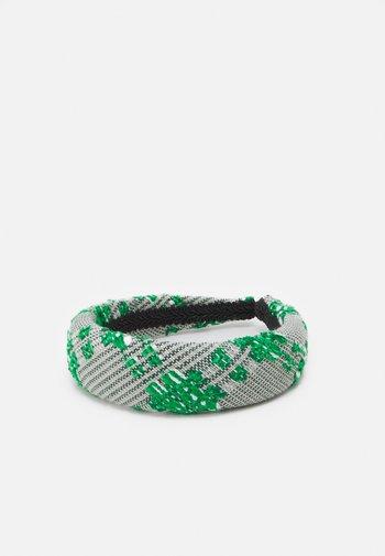 PATIA HAIRBRACE - Hair styling accessory - golf green