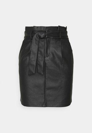 VMEVA PAPERBAG COATED SKIRT - Miniskjørt - black