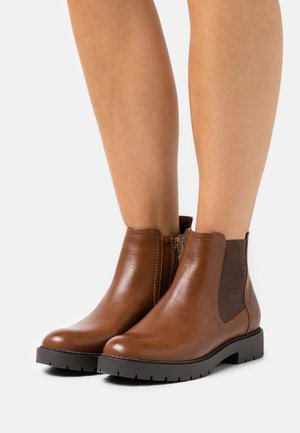 BOOTIE - Ankle boots - caramel
