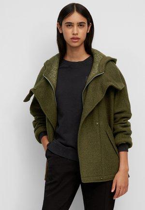 Short coat - burnished logs
