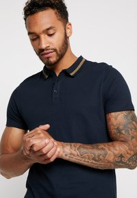 New Look - PETE - Polo shirt - navy - 3