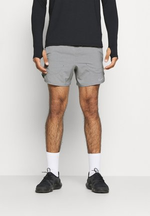 STRIDE  - Sports shorts - iron grey/heather/reflective silver