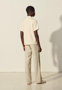 sandro - Shirt - ecru - 2