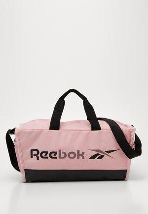 GRIP - Sportovní taška - pink