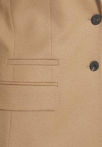 HUGO - ADIRE - Sportovní sako - pastel brown - 8