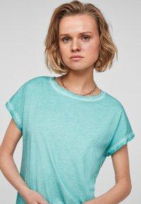 Q/S designed by - Basic T-shirt - turquoise - 3