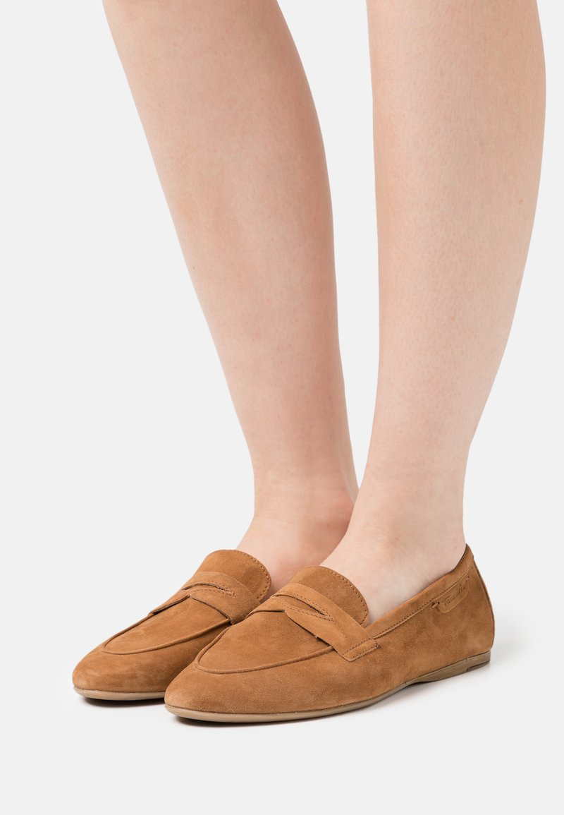 Tamaris - Nazouvací boty - cognac