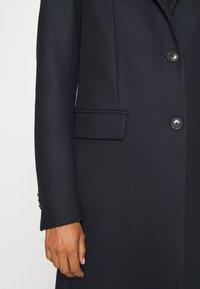 Tommy Hilfiger - BLEND CLASSIC COAT - Classic coat - desert sky - 5
