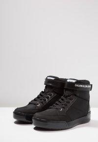 Calvin Klein Jeans - NIGEL - Sneakers high - black - 2
