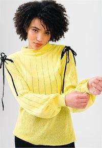 Solai - Jumper - celery yellow - 0