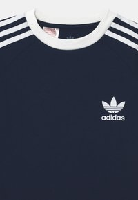 adidas Originals - STRIPES  - Print T-shirt - collegiate navy/white