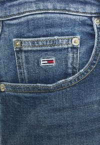 Tommy Jeans - MOM ULTRA - Relaxed fit jeans - ames - 3