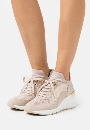 LACE-UP - Sneakers laag - dune