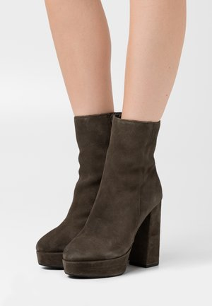 LEATHER - High heeled ankle boots - khaki