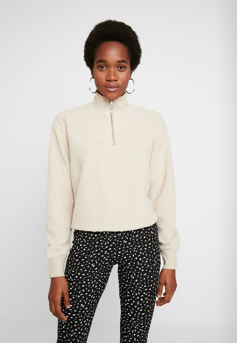 Topshop - CURLY ZIP UP FUNNEL - Stickad tröja - stone