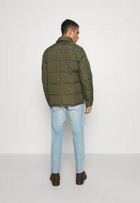Volcom - HOBRO JACKET - Winter jacket - military - 3