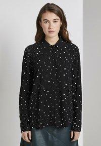 TOM TAILOR DENIM - Camisa - black/white - 0