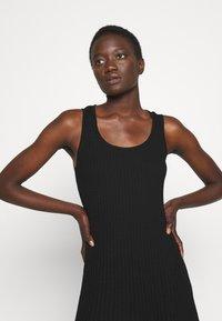 M Missoni - SLEEVELESS DRESS - Jumper dress - black beauty - 4